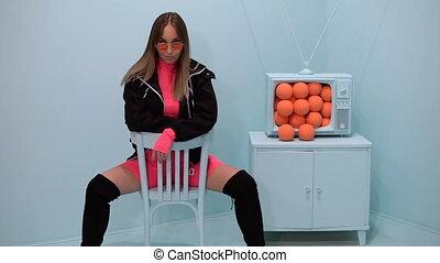 arrière-plan., table, assied, lunettes, oranges, girl, ...