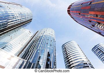 arriba, mirar, el, negocio moderno, edificio de oficinas,...