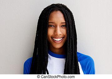 arriba, pelo, norteamericano, africano, cierre, niña sonriente, trenzado