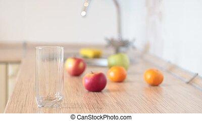 arrosez verre, cuisine