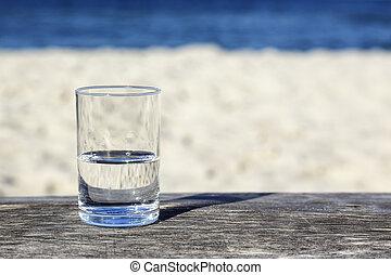 arrosez verre, half-full