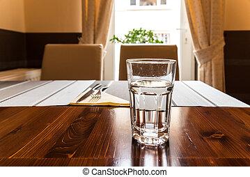 arrosez verre, table, restaurant