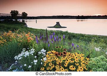 Arrow Island on Mississippi - border between Illinois and Iowa.