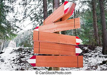 Arrow way wooden marks