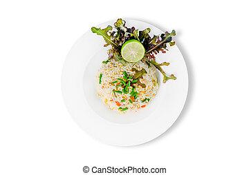 arroz frito, con, vegetales, y, carne, aislado, blanco, plano de fondo, tailandés, comida.