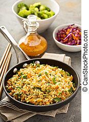 arroz, vegetales, frito, cocido al vapor, bróculi