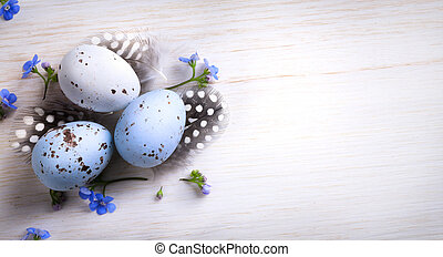 art happy Easter; Easter egg and spring flowers
