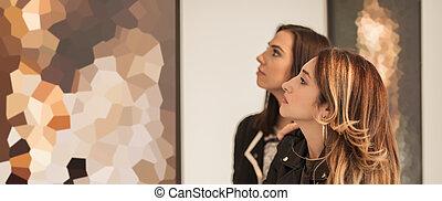 arte, amici, moderno, due, dall'aspetto, ragazza, pittura, galleria