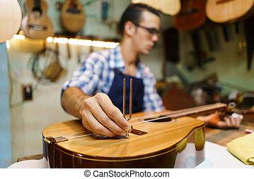 artesão, lutemaker, afinando, feito à mão, clássicas,...
