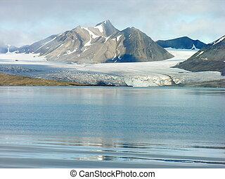 Artic Glacier - Artic glacier by the sea in Svalbard ,...