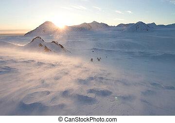 artico, snowmobile, inverno, spedizione