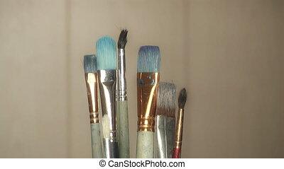 artist chooses brush