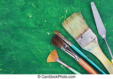 Artist Supplies - Artist paintbrushes and palette knife...