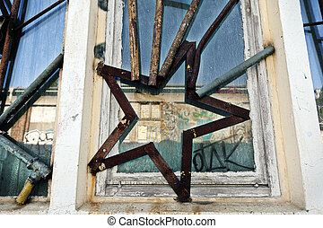 Artistic Star Shaped Industrial Window Bars - Low and wide...