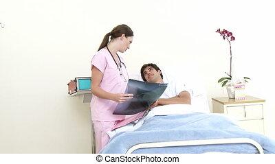 arts, het zien, om te, een, patiënt, in, hospi