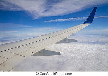 asa avião, ligado, a, céu, e, sobre, mar, com, nuvens