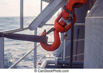 asegurado, gancho, passage., mar, grúa, costa afuera
