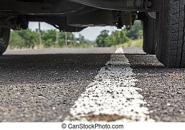 asfalto, automobile, su, sotto, chiudere, linea bianca, strada
