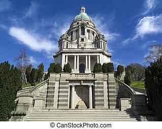 Ashton Memorial - Lancaster - England - The Ashton Memorial...