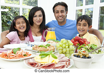 asiático, indianas, pais, crianças, família come, alimento...