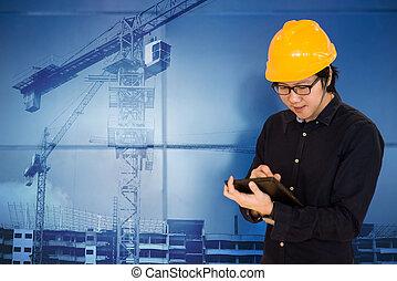 asiático, ingeniero, tenencia, tableta, en, interpretación el sitio