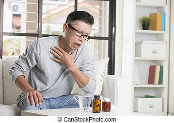 asiático, macho sênior, dor