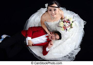 asiático, par casando