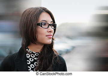 Asian businesswoman - Portrait of beautiful young ...
