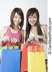 asian girls shopping