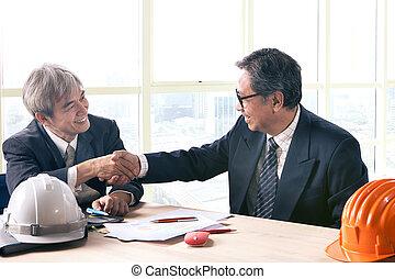 asian handlowy, człowiek, potrząsająca ręka, w, biuro spotkanie, pokój, pomyślny, projekt, rozłączenie, temat