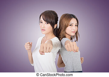 Asian woman fight togethe
