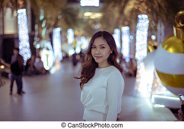 Asian woman, outdoor in night