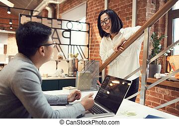 asian zaludniają, biuro, handlowy, młody