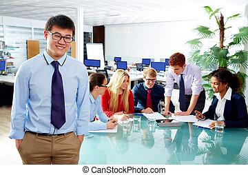 asiat, styrelse, ung, affärsman, stående
