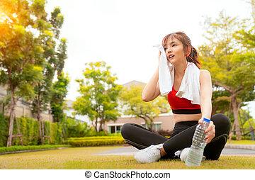 asiatico, bere, villaggio, lei, secondo, ragazza, correndo, rilassare