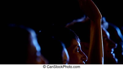asiatique, élevant main, séminaire, business, auditorium,...