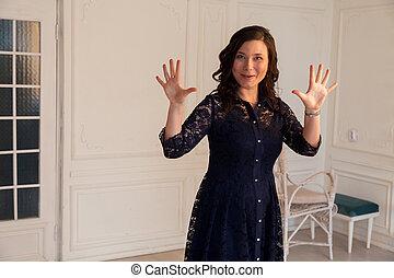 asiatique, beau, portrait, femme, dix, spectacles, doigts