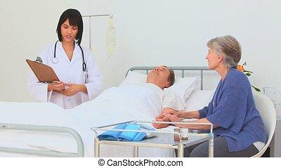 asiatique, elle, infirmière, visiter, patient