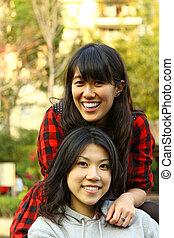 asiatique, université, amis