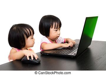 asiatisch, wenig, chinesisches , mädels, spielende , laptop-computer