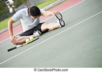 asiatischer mann, tennisspieler