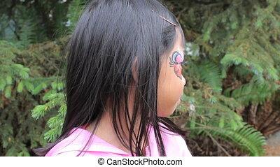 asiatisches mädchen, angeben, gesichtsschminke