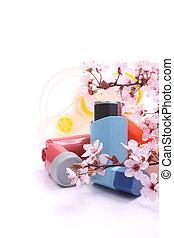 asma, inhaladores, con, extensión, tubo, para, niños, y, florecer, ramas de árbol, encima, blanco