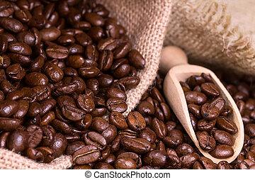 assado, feijões café, em, saco, burlap.