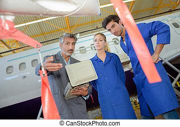 assembler, airliner, superfície