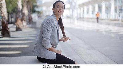 assento mulher, ao lado, peão, bonito, passagem
