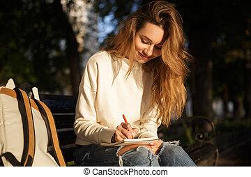 assento mulher, banco, outono, morena, sorrindo, roupas