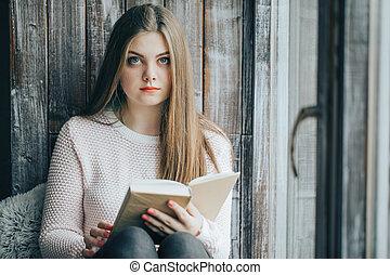 assento mulher, descanso, janela, livro, bonito, desfruta, leitura