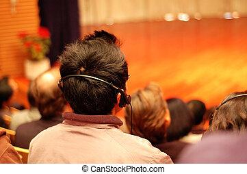 assistere, pubblico, presentazione