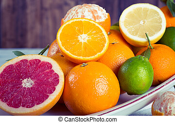 Assorted citrus - Assortment on a tray fresh seasonal fruit ...